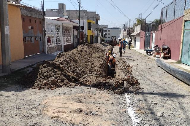 Agua de Puebla sustituye Línea de Distribución en Guadalupe Hidalgo