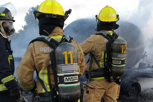 Se incendia pipa de gas LP en la Amozoc-Perote