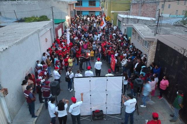Fuera corruptos del gobierno de Tehuacán, exigen a Pedro Tepole
