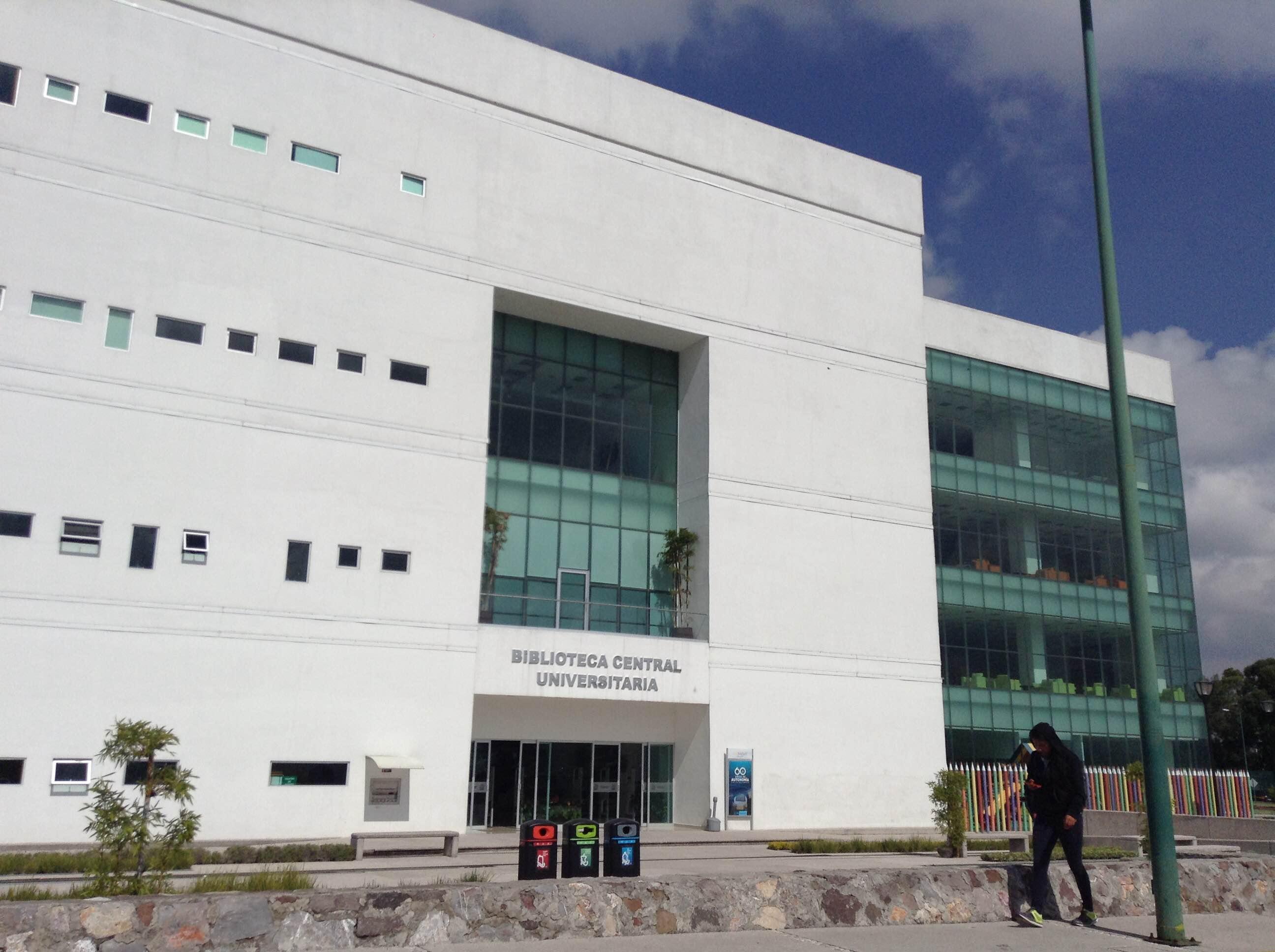 Envía SEP federal tres mil títulos para egresados BUAP y comienza a regularizar proceso