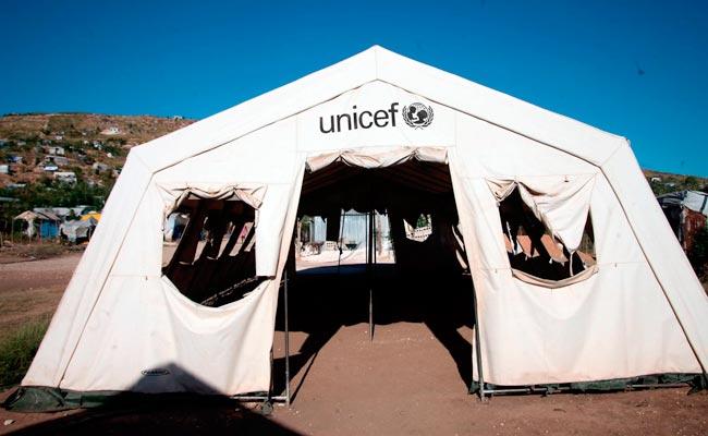 Puebla recibe 50 carpas de Unicef para escuelas afectadas por sismo