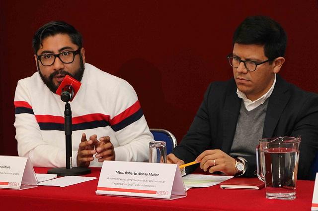 Pide Ibero Puebla no consumir alarmismo en redes sociales