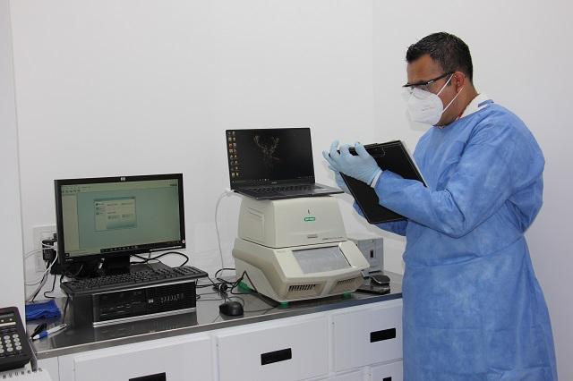 Inaugura Upaep laboratorio para pruebas de detección de Covid