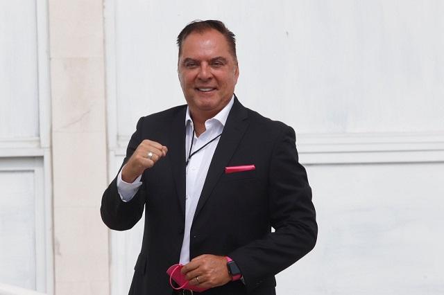Revocan candidatura a Eduardo Rivera Santamaría