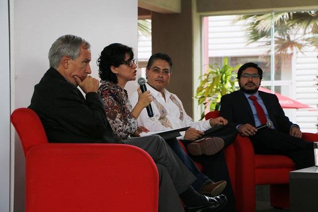 Analizan en IBERO Puebla rol de ciudadanías ante nuevos gobiernos