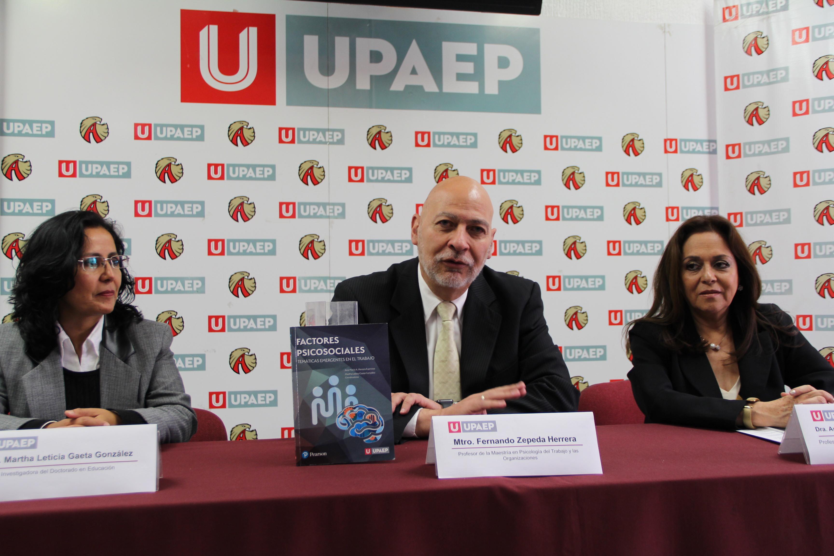 Con publicación de libro festejan 10 años de maestría en Upaep