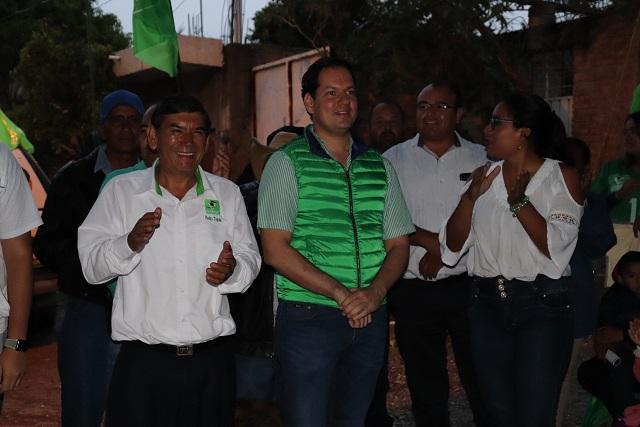 Presentan Kuri y Tepole Programa Integral de Bacheo para Tehuacán