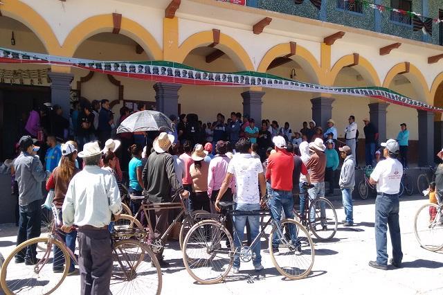 Amenazan a narcos y ladrones desde presidencia auxiliar en Texmelucan