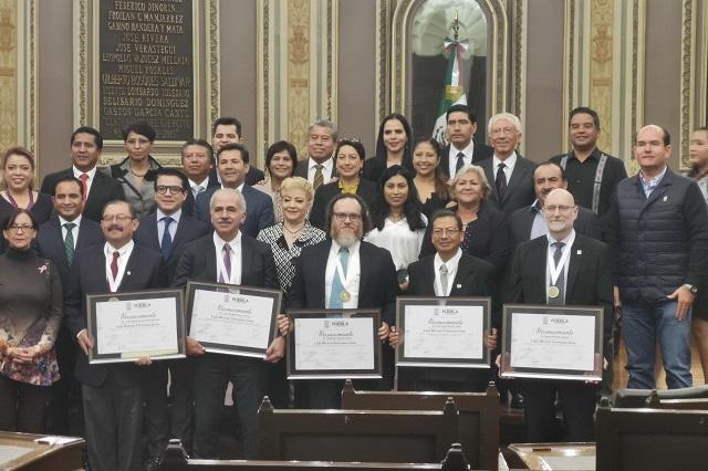 Ganan presea Rivera Terrazas; piden apoyo de IP a la ciencia