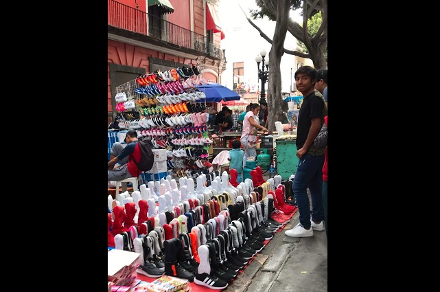 La IP reprocha el ambulantaje desmedido en Centro de Puebla