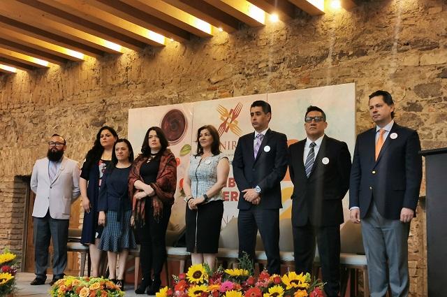 Con discurso crítico, rinde protesta Olga Méndez en la Canirac Puebla