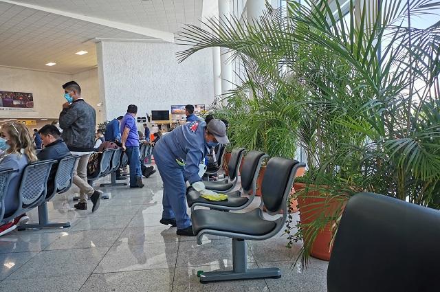 Limpian a fondo Aeropuerto de Puebla; vuelos de EU aún llegarán