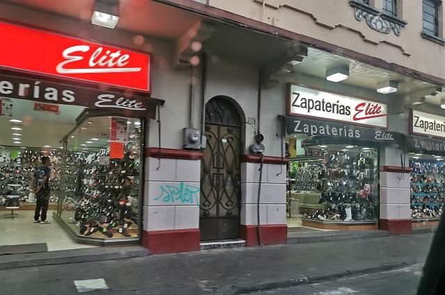 Negocios en la 8 y 10 Poniente mantienen vivo el Centro de Puebla