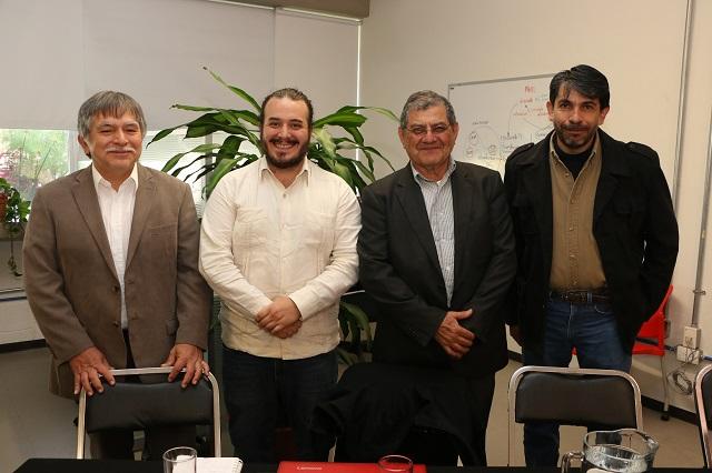 Presentan en la Ibero Puebla libro sobre la industria extractiva en AL