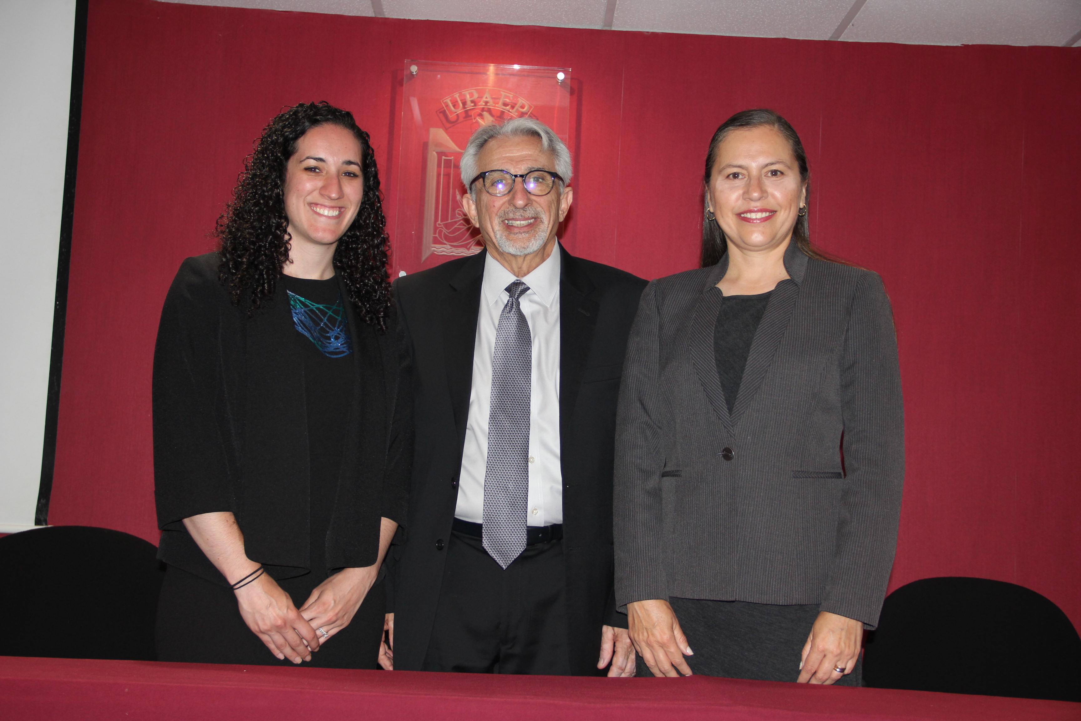 UPAEP y New York University dan atención odontológica a poblanos