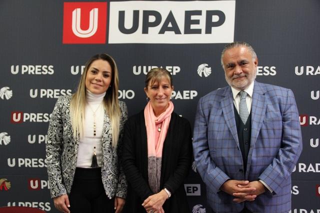 Diplomado en Comunicación corporativa, con UPAEP y AMCO