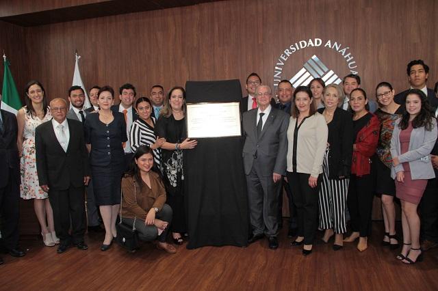 Derecho de la Anáhuac Puebla se certifica ante la CONFEDE