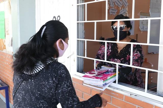 Al 80 % entrega de libros gratuitos para secundaria, en Puebla