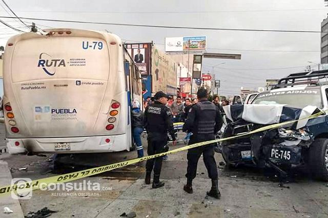 Deja 7 heridos choque de patrulla y camión alimentador de RUTA
