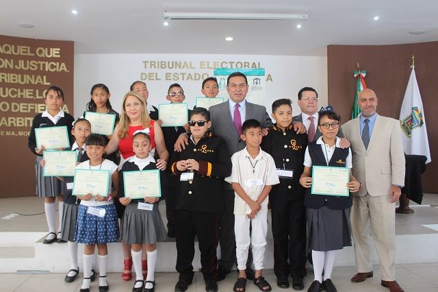 Estudiantes de Zacatlán, ganan en Tribunal Electoral Infantil de Puebla