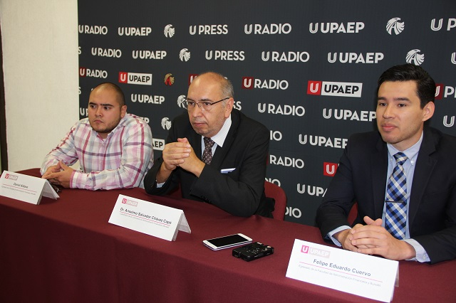 Egresados UPAEP obtienen certificación del CFA Institute
