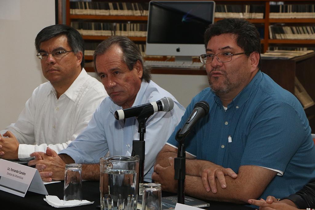 Presentan el libro Los indignados Mexicanos, en la Ibero Puebla