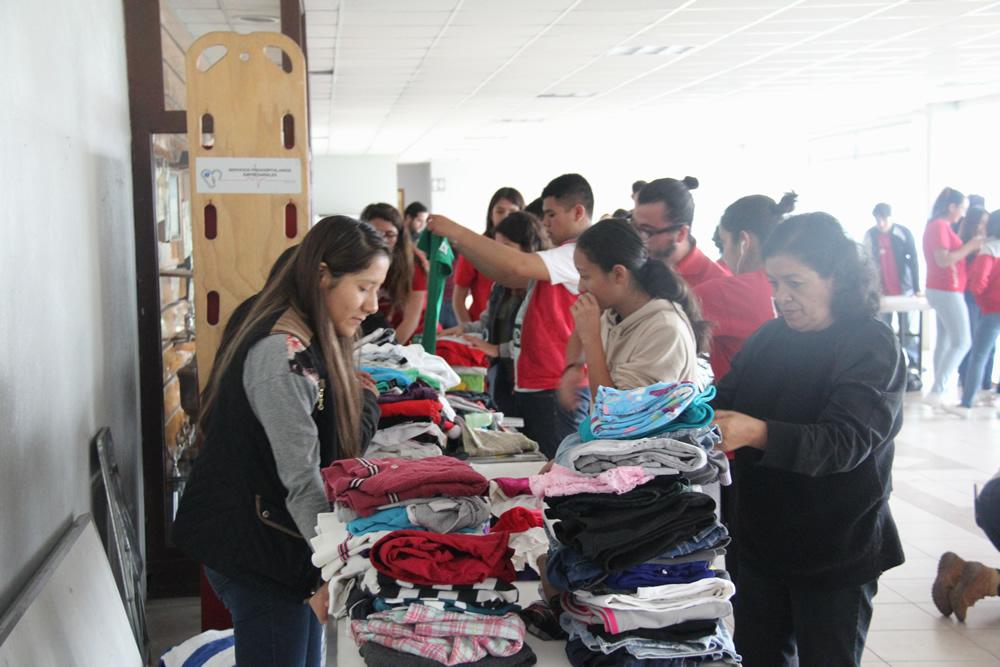 Envía gobierno de la Ciudad de México 32.5 toneladas de víveres a damnificados por sismo