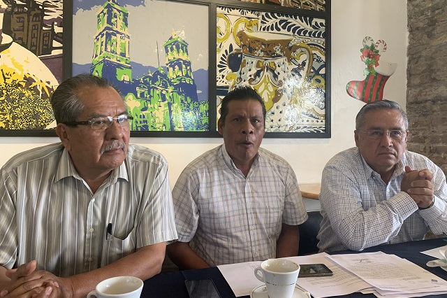 Director de Telesecundarias en Puebla reprime a docentes, acusan