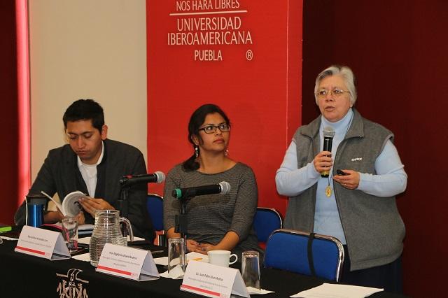 Desempleo y violencia causan la migración hacia México: expertos
