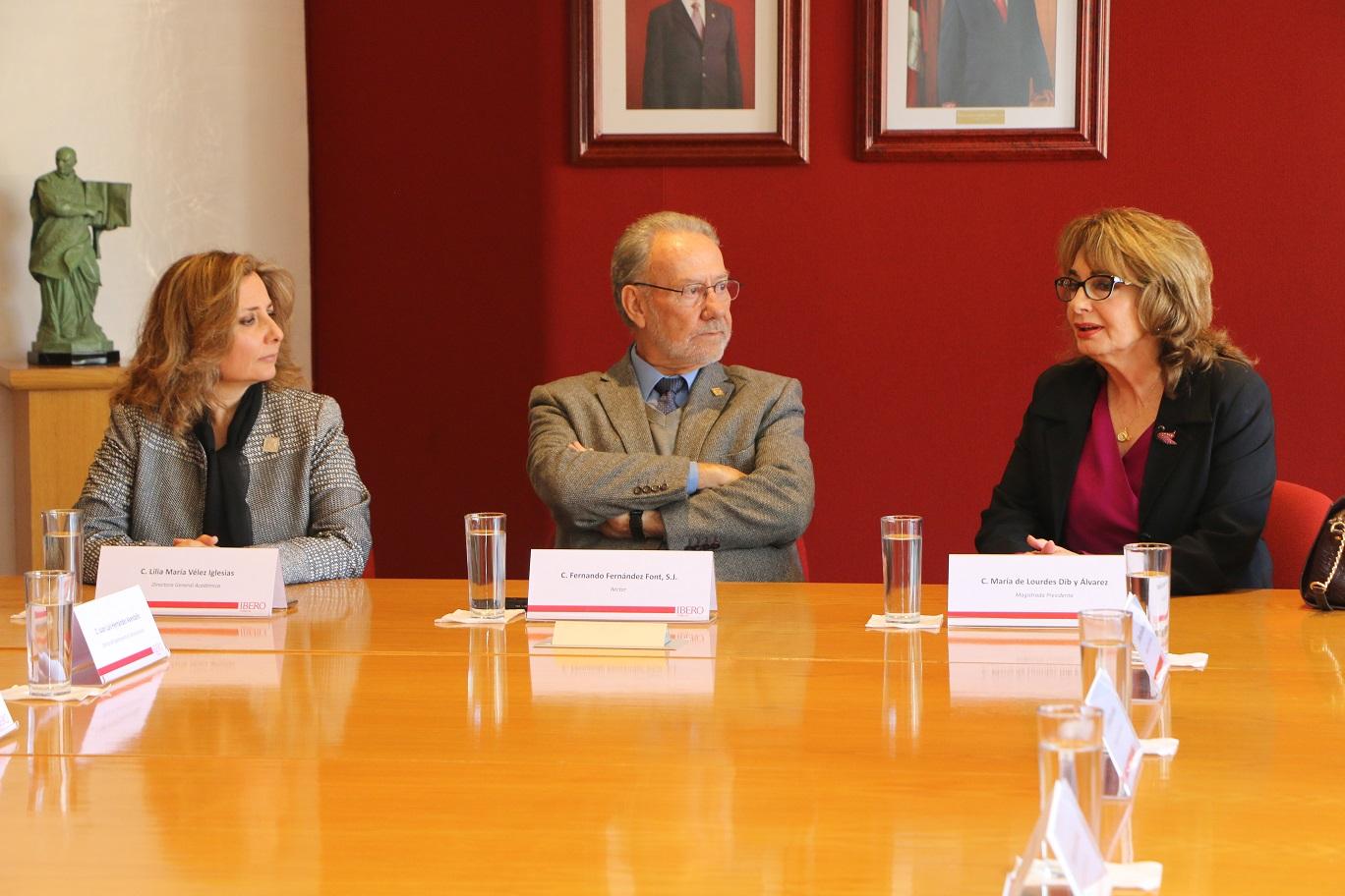 Recibe Ibero a magistrados del Tribunal de Justicia Administrativa