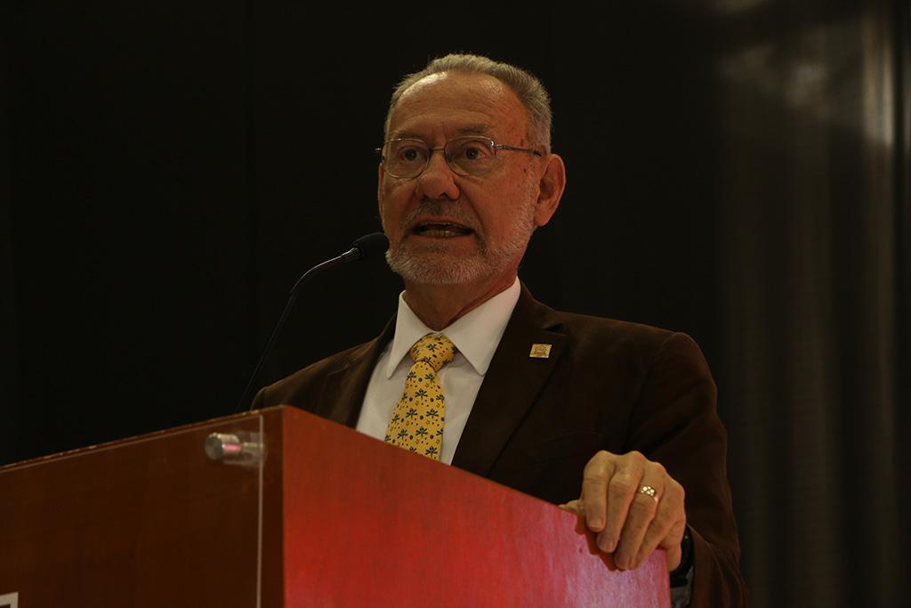 Presenta IBERO Puebla su ideología educativa a preparatorias del país