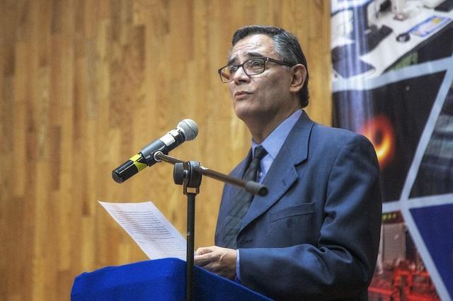 Rinde protesta nuevo director del INAOE, Antonio Gutiérrez