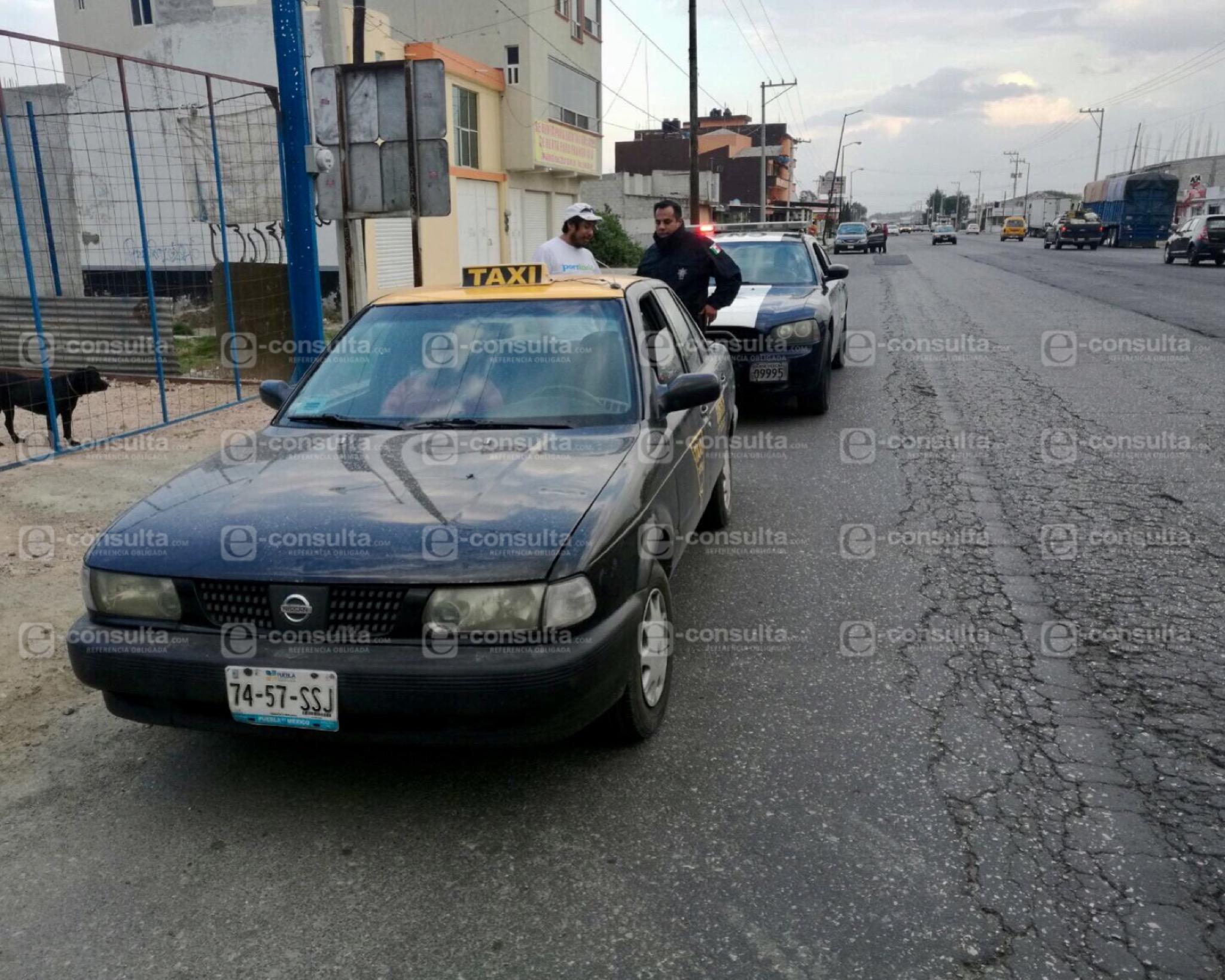 Policía Federal detiene a dos taxistas de Puebla cargados con huachicol