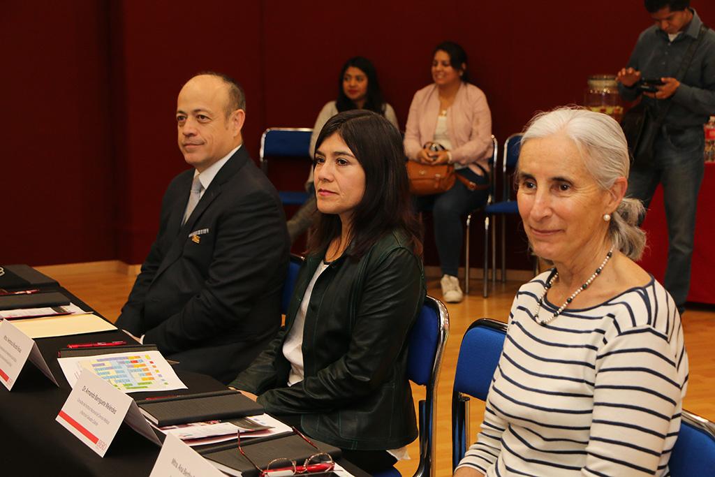 Instala IBERO Puebla Consejo Consultivo en Nutrición Clínica