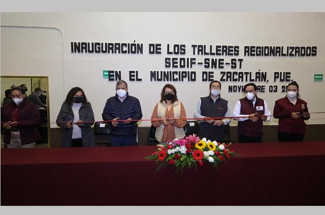 Premian a ganadores de ofrendas y calaveritas literarias en Cuautlancingo