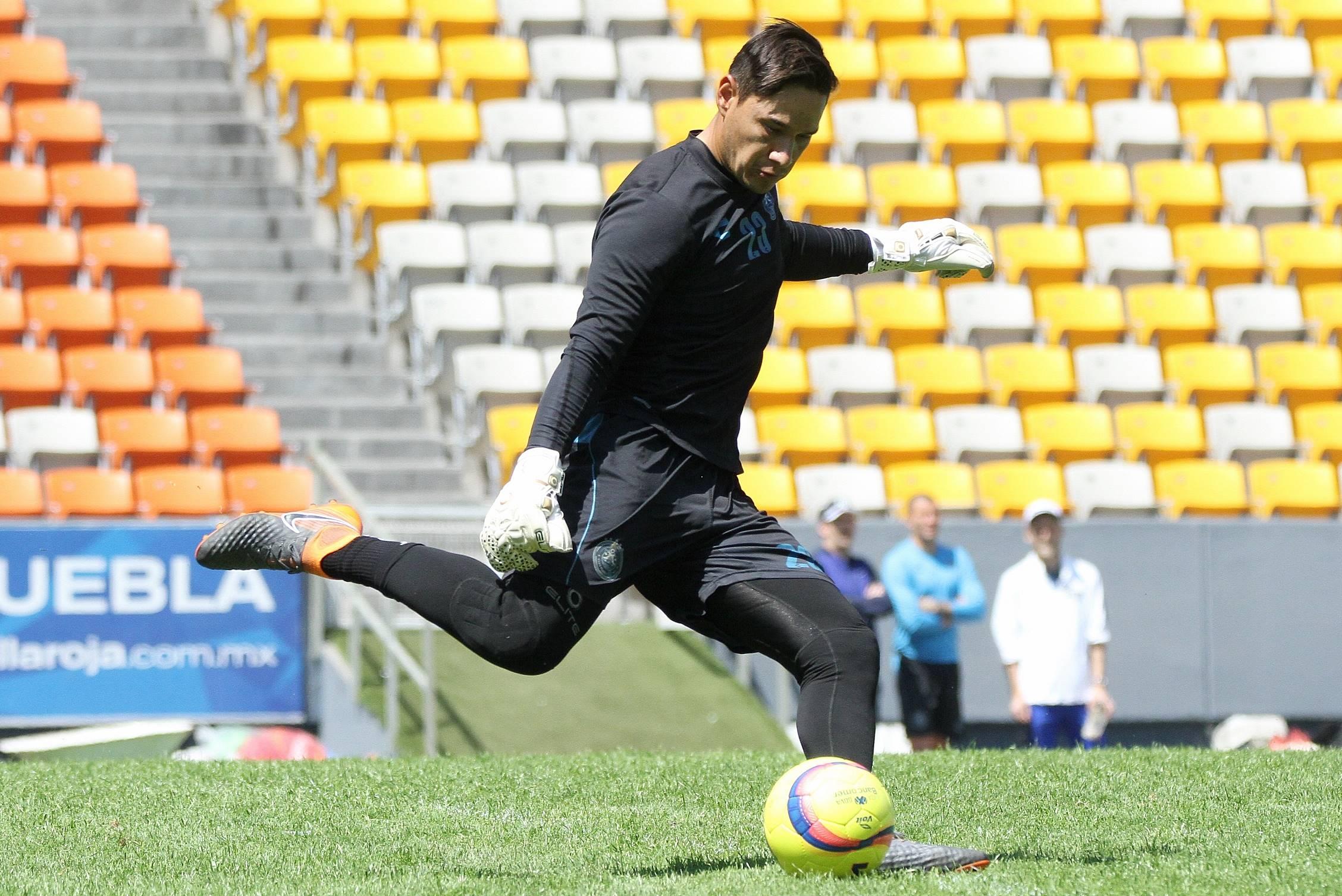 No me importan las críticas, yo sueño con el Mundial: Moisés Muñoz