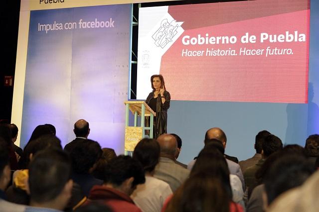 Inauguran taller para promover PyMES de Puebla en Facebook