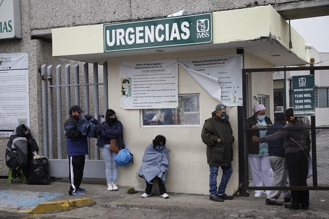 Niega Barbosa que muertos por Covid en Puebla sean 12 mil