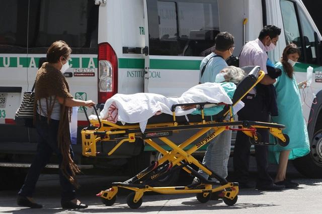 Frena Covid-19 su ascenso en contagios y muertes en Puebla