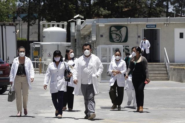 Aseguradoras pagaron 13 pólizas en muertes por Covid en Puebla