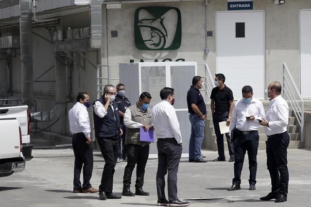 IMSS Puebla da bono a quienes no atienden Covid: Manzanilla
