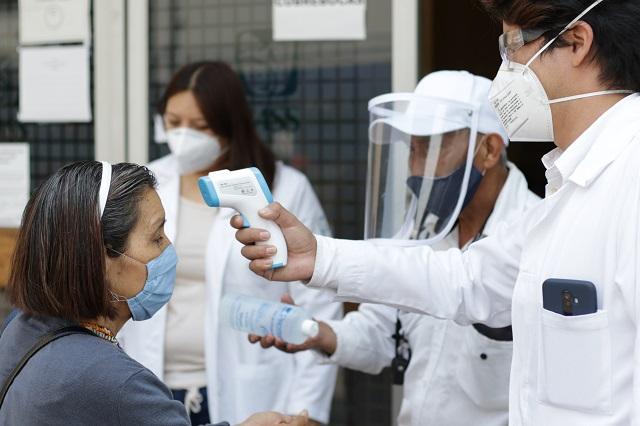 En un solo día, 3 contagios de Covid-19 cada hora, en Puebla