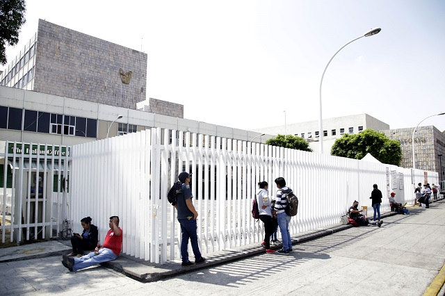 Por poco personal y gasto en salud Puebla es vulnerable ante Covid