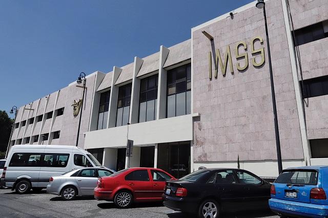Panista incluye a IMSS Puebla en casos de corrupción con AMLO