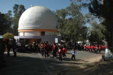 Conacyt destina 2.2 mdp a estudio de rayos cósmicos del INAOE