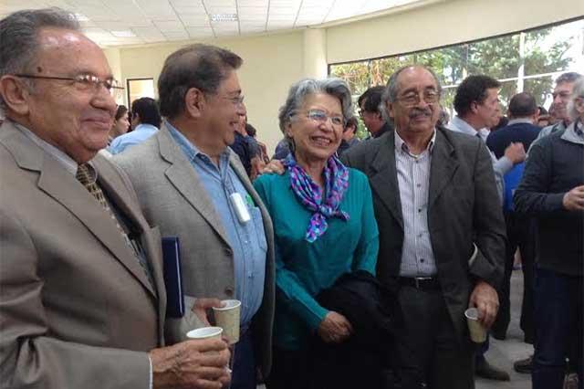 Festeja INAOE su 44 aniversario con reconocimientos a investigadores