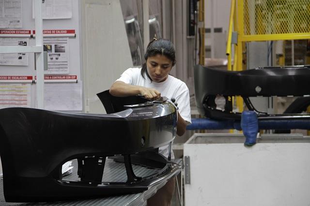 Madrugan siete proveedoras en Puebla y retoman actividades