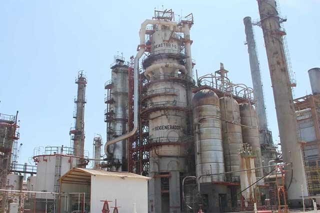 Reportan incendio en la refinería de Salina Cruz, Oaxaca
