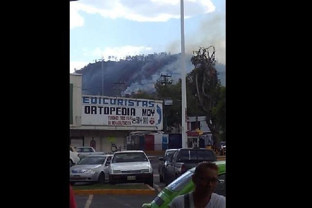 Se incendia el Cerro de La Estrella, escenario de la Pasión en Iztapalapa