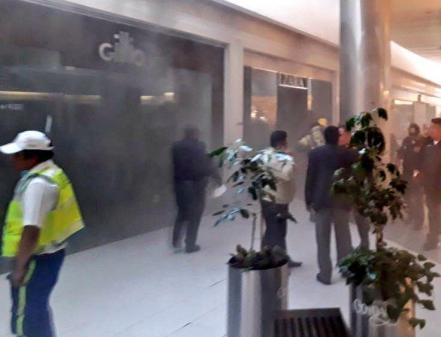 Se incendian negocios en la plaza Centro Coyoacán